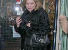 PHOTOS : Kate Moss ne supporte plus la célébrité !