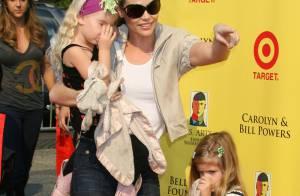 URGENT : Les fillettes de Denise Richards  et Charlie Sheen échappent à un grave accident de voiture !