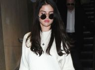 Selena Gomez encerclée : Bien plus zen que Justin Bieber face à ses fans !