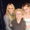 La mère et la grand mère de Miley Cyrus sont venues la soutenir sur le plateau de l'émission The Voice. Photo publiée sur Instagram le 1er décembre 2016