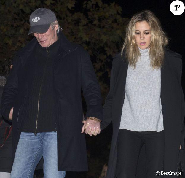 Richard Gere et sa compagne Alejandra Silva assistent aux funérailles de la comtesse de Montarco, Charo Palacios à Madrid. Le 1er décembre 2016.