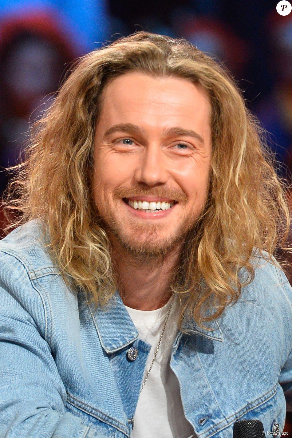 Le chanteur Julien Doré - 30ème édition du Téléthon 2016