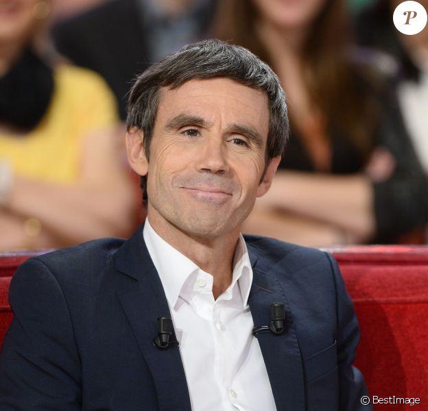 """David Pujadas lors de l'Enregistrement de l'émission """"Vivement Dimanche"""" à Paris le 02 Juin 2015 et qui sera diffusée le 28 juin 2015."""