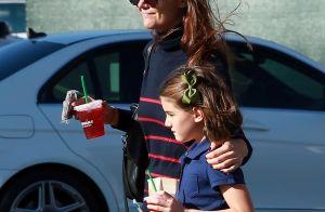 Katie Holmes fête ses 38 ans avec sa fille Suri : Un duo pétillant et divin !