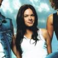 Erika au milieu des Whatfor en 2002.