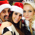 Karine Ferri fête Noël avec Elodie Gossuin sur RFM. Photo postée sur Twitter le 23 décembre 2016.