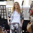 """Céline Dion donne un concert lors de sa participation à l'émission """"Today"""" de la chaîne NBC au Rockefeller Plaza à New York, le 22 juillet 2016"""