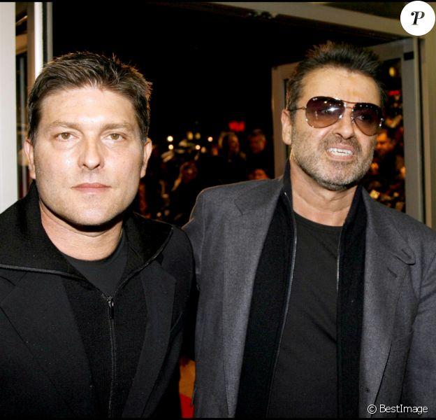 George Michael et Kenny Goss à Londres, en novembre 2007.