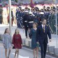 La princesse Leonor des Asturies et l'infante Sofia d'Espagne participaient le 17 novembre 2016 avec leurs parents le roi Felipe VI et la reine Letizia à l'inauguration du Parlement, à Madrid.