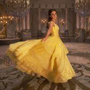 """Emma Watson chante dans """"La Belle et la Bête"""", la Toile sous le charme !"""