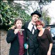 Shane MacGowan de The Pogues avec Pete Doherty en novembre 2006 devant la maison de Kate Moss à Londres.