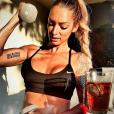 """""""Emilie Nef Naf, sublime en bikini, fait du sport à Playa del Carmen au Mexique, juillet 2016."""""""