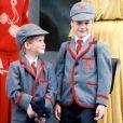 """"""" La princesse Diana avec le prince Harry et le prince William le jour de leur rentrée à la Wetherby School à Londres en septembre 1989. """""""