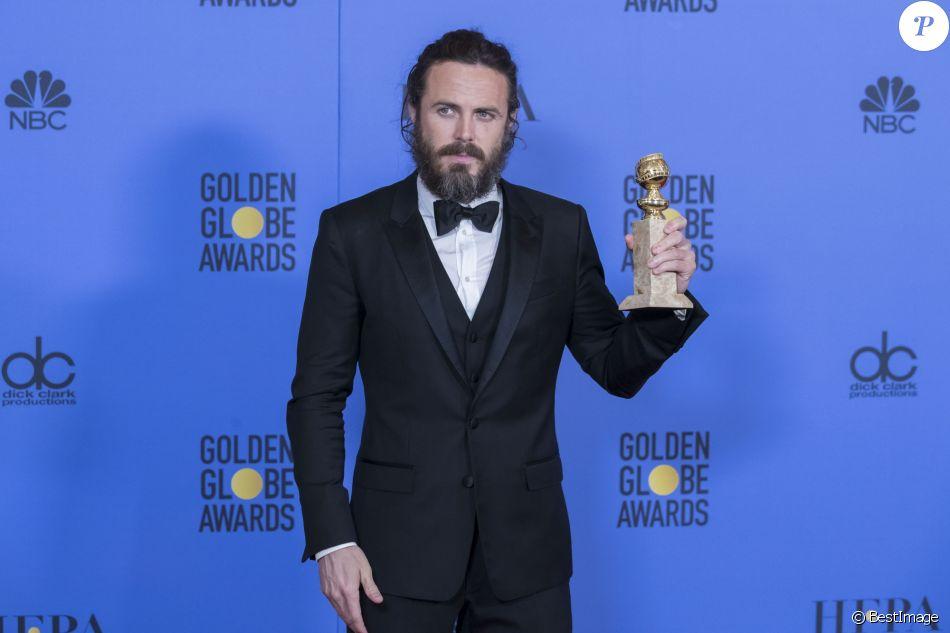 Casey Affleck - Press Room lors de la 74e cérémonie annuelle des Golden Globe Awards à Beverly Hills, Los Angeles, Californie, Etats-Unis, le 8 janvier 2017. © Olivier Borde/Bestimage