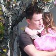 Exclusif - Channing Tatum emmène sa fille Everly manger un yaourt glacé à emporter chez Menchies à Studio City, le 13 décembre 2016