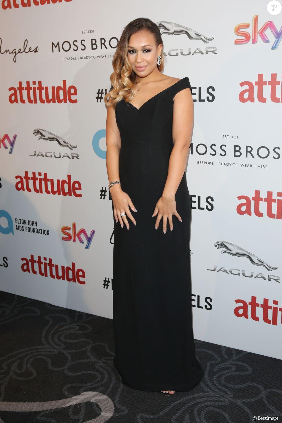 Rebecca Ferguson à la soirée Attitude Awards 2016 à Londres, le 9 octobre 2016