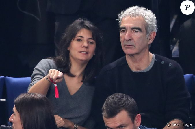 Estelle denis et raymond domenech lors du match d - Raymond domenech estelle denis ...