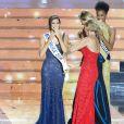 Iris Mittenaere, Miss France 2016, Sylvie Tellier, Miss France 2002, Camille Cerf, Miss France 2015, Morgane Edvige, 1ère dauphine de Miss France 2016 - Iris Mittenaere, Miss Nord-Pas-de-Calais élue Miss France 2016 lors du concours organisé à Lille, le 19 décembre 2015.