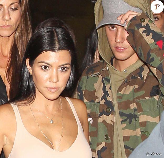 Kourtney Kardashian et Justin Bieber à la sortie de The Nice Guy, le 9 octobre 2015