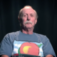 Butch Trucks en 2013, confiant ses souvenirs de Duane Allman et du Allman Brothers Band dans Fishin' with Duane. Le batteur américain est mort à 69 ans le 24 janvier 2017.