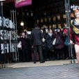 """Fauve Hautot - La troupe de """"Saturday Night Fever"""" fait son show à l'occasion du lancement des soldes d'hiver aux Galeries Lafayette à Paris, France, le 11 janvier 2017. © Cyril Moreau/Bestimage"""