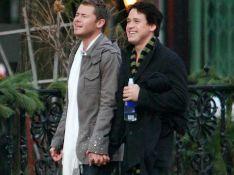 PHOTOS : T.R. Knight et son compagnon... shopping déco main dans la main !