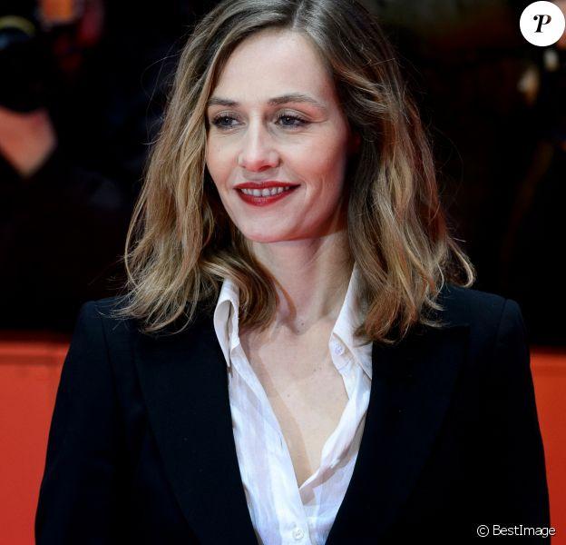"""Cécile de France lors de la première du film """"Django"""" pendant l'ouverture du 67e Festival du Film International de Berlin, la Berlinale, à Berlin, Allemagne, le 9 févruer 2017."""