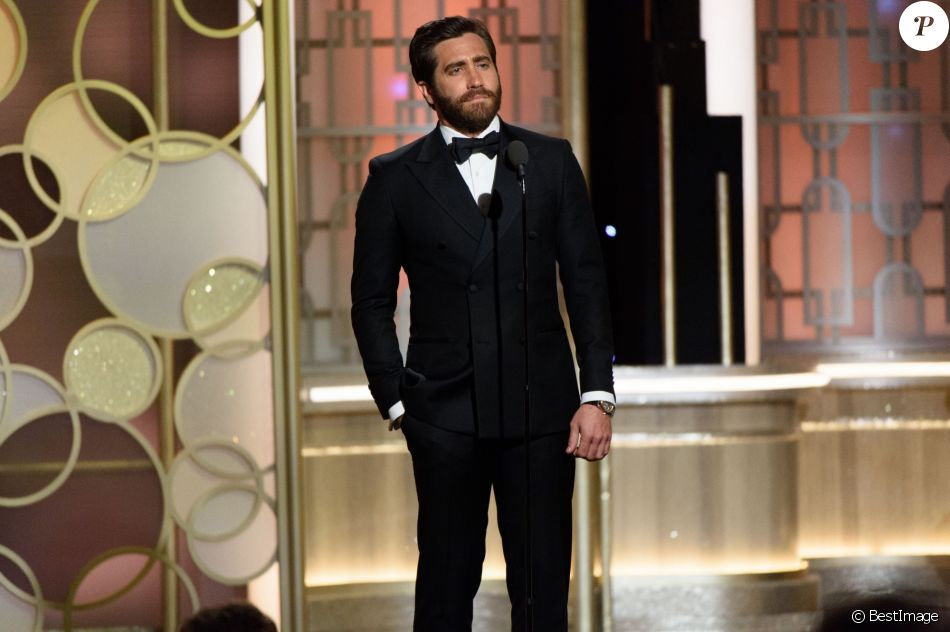 jake gyllenhaal golden globes 2017 - photo #26