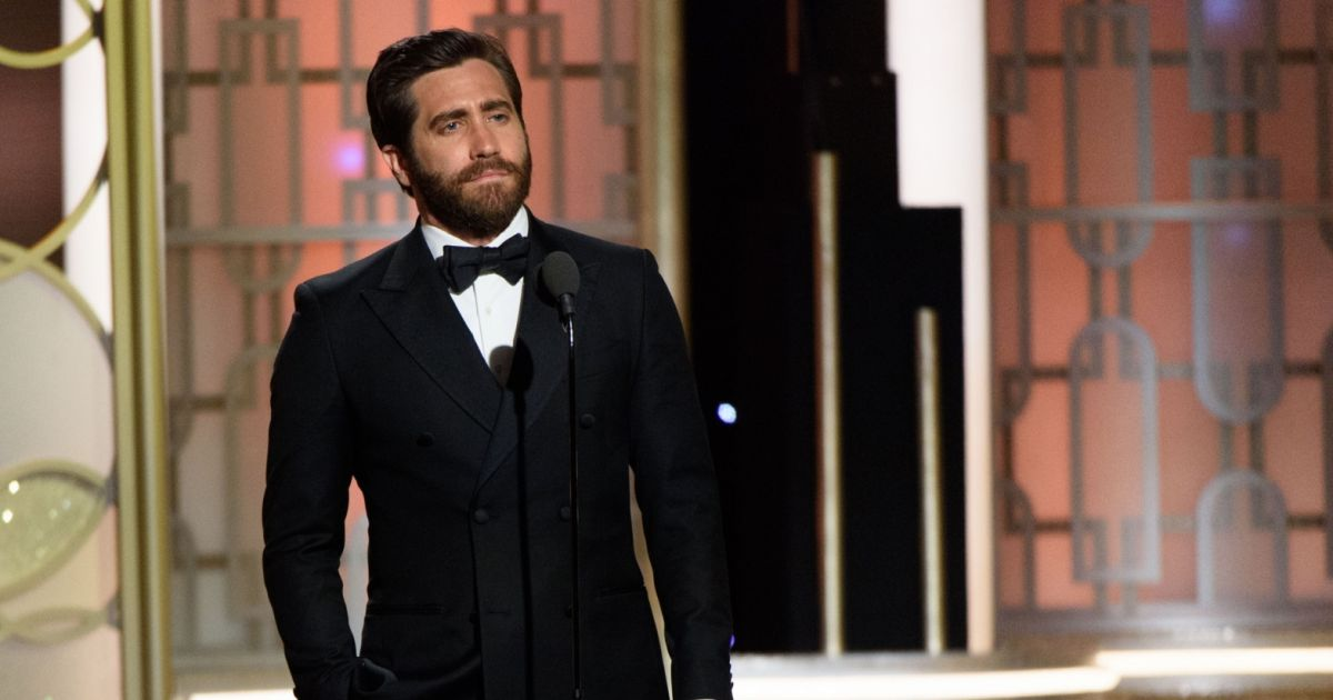 jake gyllenhaal golden globes 2017 - photo #36