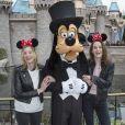 Laura Carmichael et Michelle Dockery en visite au parc d'attraction Disneyland à Anaheim, Californie, Etats-Unis, le 10 février 2017