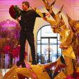 Jeff Leatham en plein travail au Four Seasons Hotel George V à Paris, en janvier 2017.
