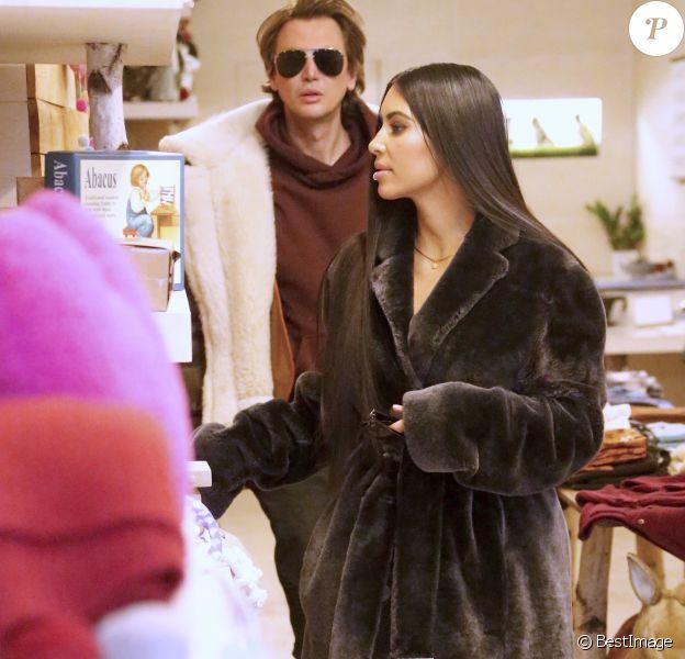 Kim Kardashian et son meilleur ami Jonathan Cheban à New York. Le 1 er février 2017.