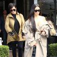 Kim Kardashian et Kris Jenner quitte L'Avenue à Paris, le 2 octobre 2016.