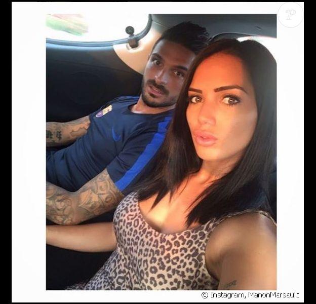 """Manon Marsault et Julien des """"Marseillais"""" en couple sur Instagram, août 2016"""