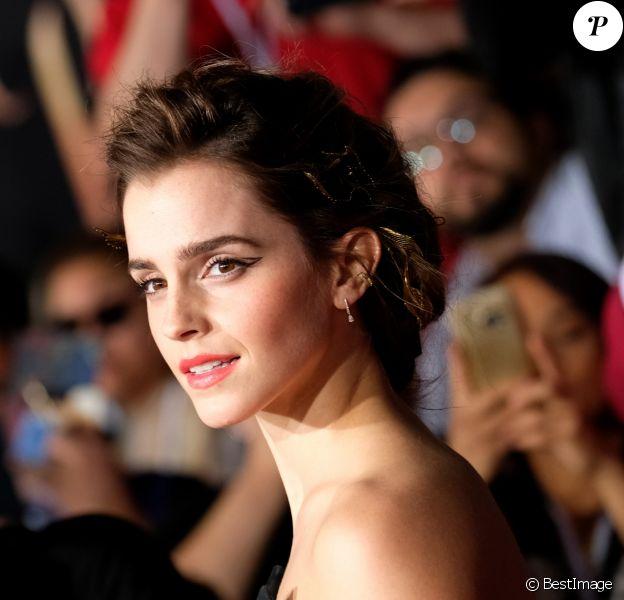 Emma Watson en Oscar de la Renta - Avant-première du film La Belle et la bête à Los Angeles le 2 mars 2017
