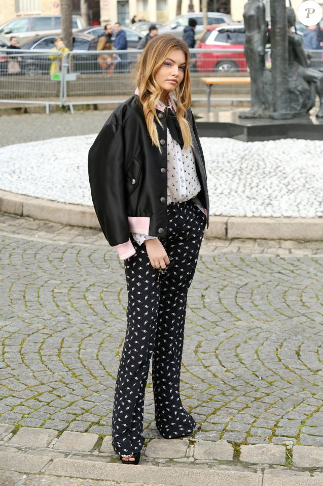 """Thylane Blondeau arrivant au défilé de mode """"Miu Miu"""", collection prêt-à-porter Automne-Hiver 2017-2018 à Paris, le 7 Mars 2017.© CVS/Veeren/Bestimage"""