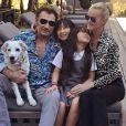 Laeticia Hallyday réagit pour la première fois au cancer de son mari Johnny Hallyday. Photo postée sur Instagram le 9 mars 2017.