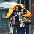 Exclusif - Lourdes Leon sous la pluie à New York City, le 23 janvier 2017