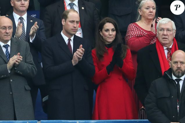 Le prince William, duc de Cambridge et Catherine Kate Middleton, duchesse de Cambridge assistent au match de Rugby France / Pays de Galles au Stade de France le 18 mars 2017. © Cyril Moreau / Bestimage