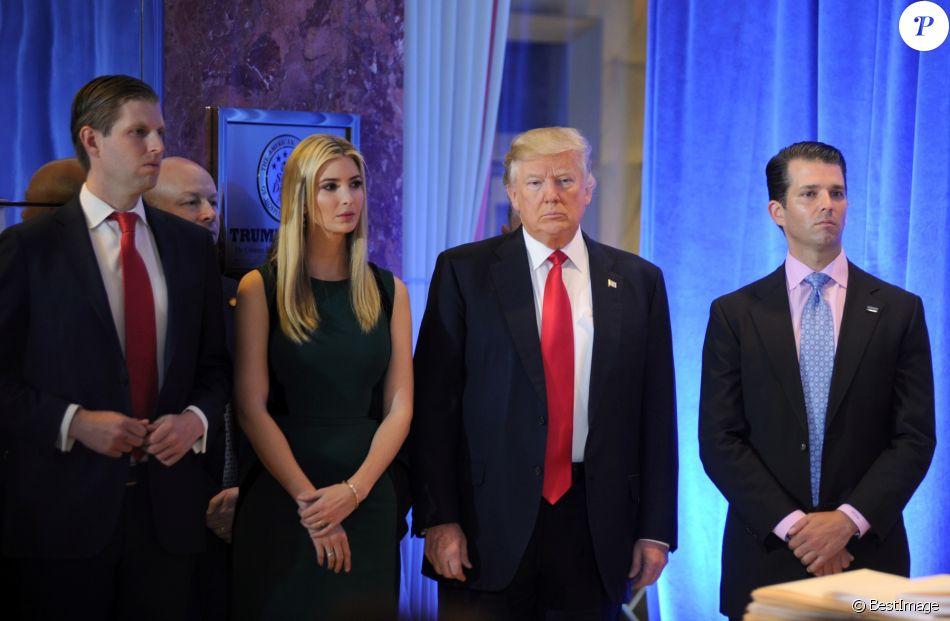 Un bureau à la Maison Blanche — Ivanka Trump