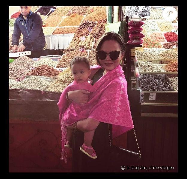 Chrissy Teigen et son mari John Legend sont en vacances au Maroc avec leur petite Luna - Photo publiée sur Instagram le 19 mars 2017