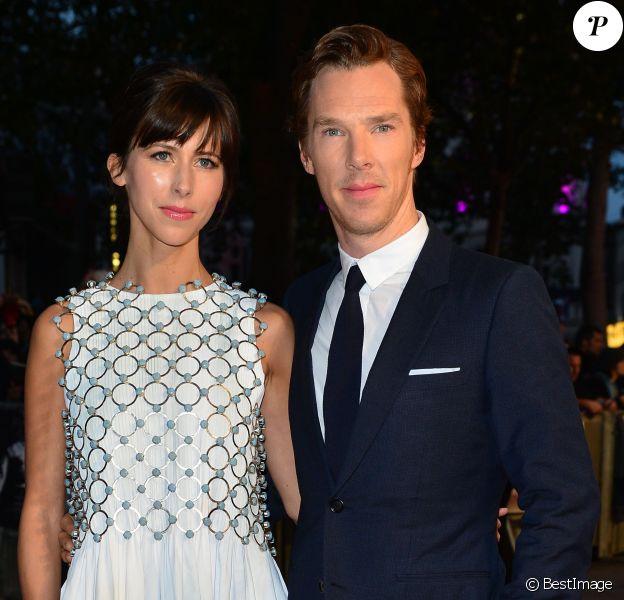 """Benedict Cumberbatch et sa femme Sophie Hunter (habillée en Dior Haute Couture) - Avant-première du film """"Black Mass"""" lors du Festival BFI à Londres, le 11 octobre 2015."""