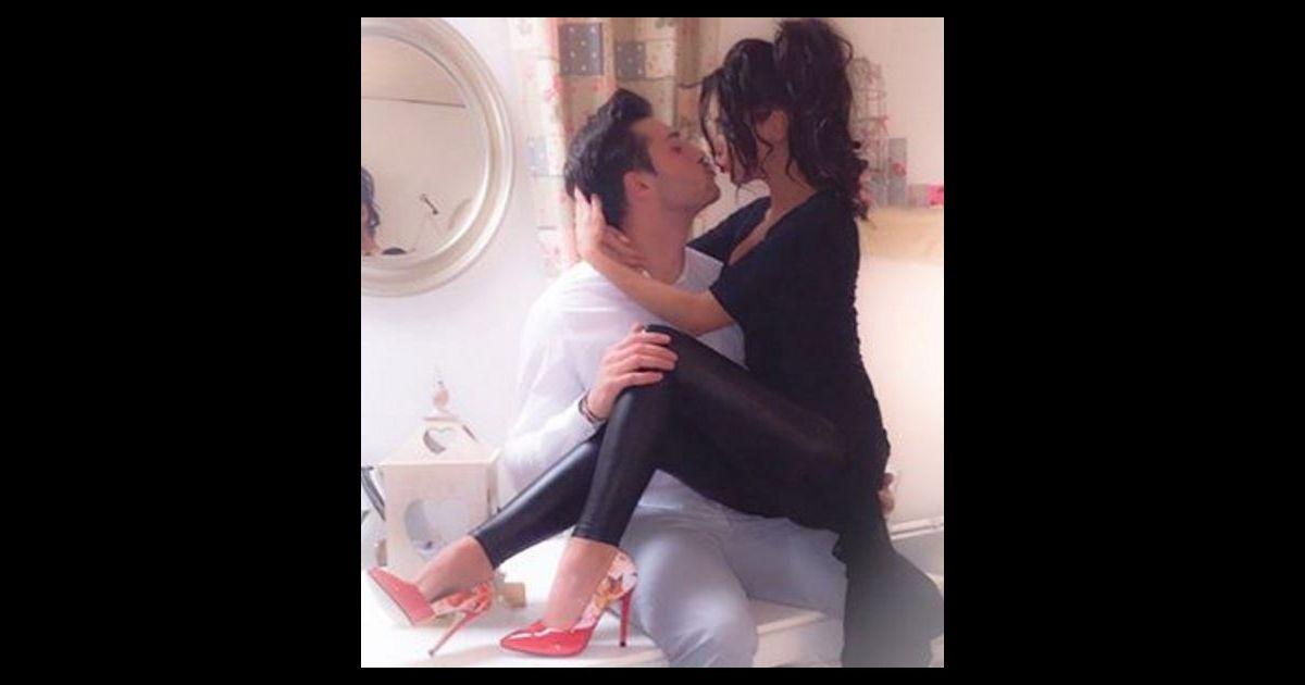 c line dast et romain de la villa des coeurs bris s instagram 2016. Black Bedroom Furniture Sets. Home Design Ideas