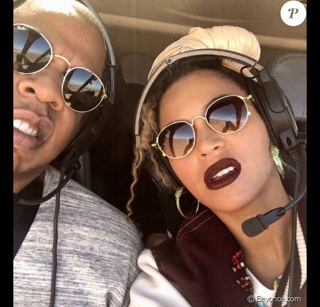 Beyonce partage des photos inédites à l'occasion de son 9e anniversaire de mariage avec Jay Z le 4 avril 2017.
