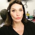 """Carla Bruni, qui sera désormais représentée et conseillée par #np, société de Pascal Nègre, prépare en 2017 la sortie de son cinquième album. Photo Instagram le 13 avril 2017, dans les coulisses d'un """"projet secret""""."""