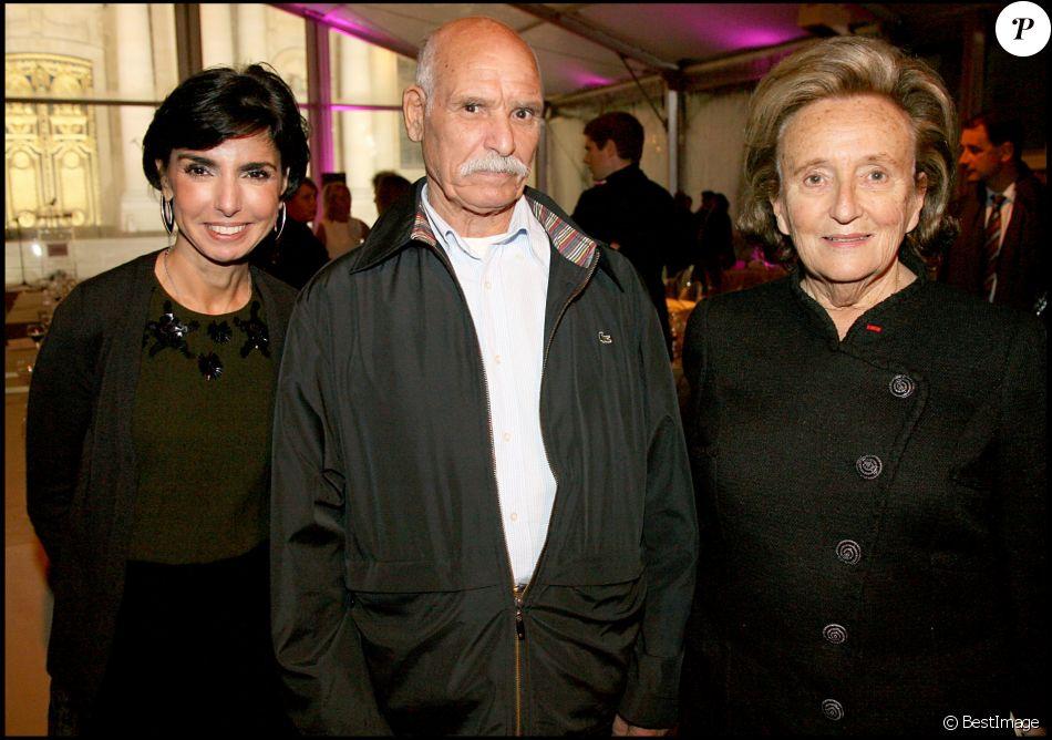 Exclu - Rachida Dati, son père et Bernadette Chirac - Diner au profit de la fondation Hopitaux de Paris, à Paris, le 14 octobre 2009