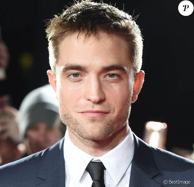 """Robert Pattinson à la première de """"The Lost City of Z"""" à Londres, le 16 février 2017."""