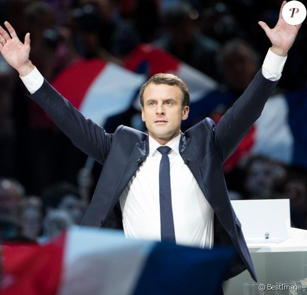 Emmanuel Macron, candidat d'En Marche! à l'élection présidentielle 2017, lors de son grand meeting à l'AccorHotels Arena à Paris, France, le 17 avril 2017. © Cyril Moreau/Bestimage