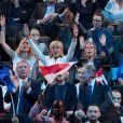 Richard Ferrand, Brigitte Macron (Trogneux) et ses filles Laurence et Tiphaine, Gérard Collomb, François Bayrou, Marielle de Sarnez - La famille, les amis et soutiens d'Emmanuel Macron dans les tribunes lors du grand meeting d'Emmanuel Macron, candidat d'En Marche! à l'élection présidentielle 2017, à l'AccorHotels Arena à Paris, France, le lundi 17 avril 2017. © Cyril Moreau/Bestimage