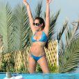 Exclusif - Kim Glow - Les Anges 9 se détendent au bord de la piscine à Miami le 12 janvier.
